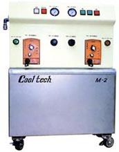 クールテックMシリーズ | 床設置型水溶性ミストクーラント供給装置 | クール・テック
