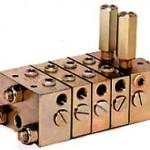 B形分配弁 | ワンウェイ給油装置 | IHI回転機械エンジニアリング