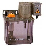 MMX-II型 | 電動間欠吐出型ピストンポンプ | リューベ